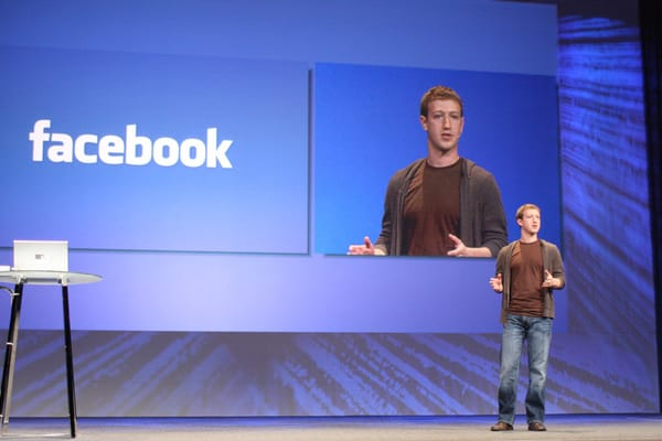 Facebook: nuovo algoritmo per la sezione notizie